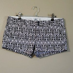 American Eagle Patterned Low Rise Stretch Shorts
